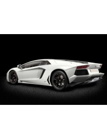LAMBORGHINI AVENTADOR 1:8 MODEL KIT, POCHER HK101